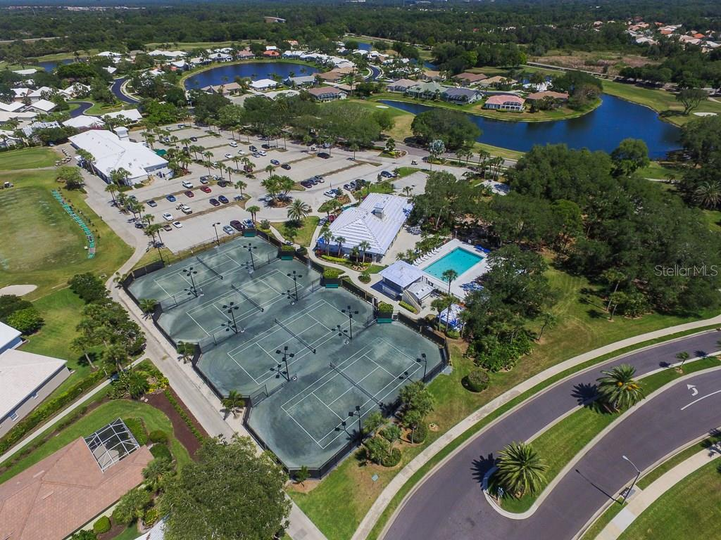 Tennis Courts - Single Family Home for sale at 1806 Ashley Dr, Venice, FL 34292 - MLS Number is D5918442