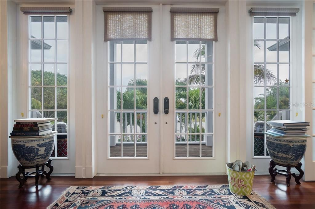 Foyer - Single Family Home for sale at 9891 Gasparilla Pass Blvd, Boca Grande, FL 33921 - MLS Number is D5920572