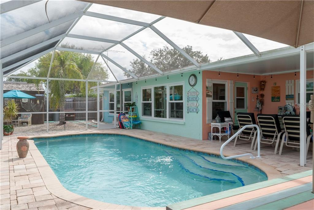 Seller's Disclosure Mold - Single Family Home for sale at 539 Mount Vernon Dr, Venice, FL 34293 - MLS Number is D5921397