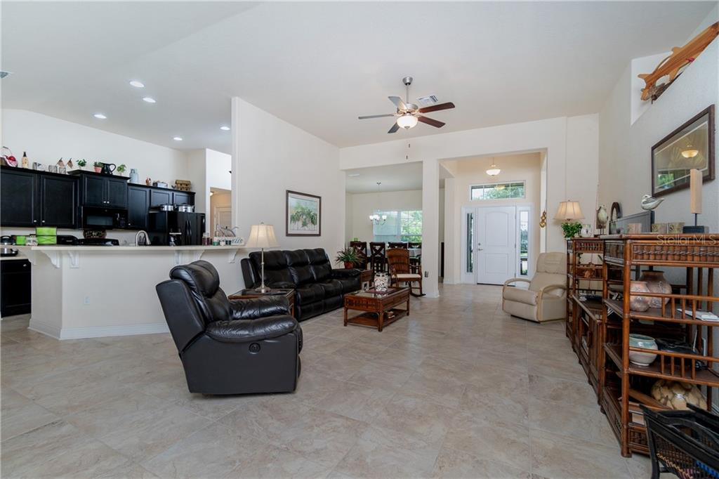 Single Family Home for sale at 71 Mariner Ln, Rotonda West, FL 33947 - MLS Number is D6101950