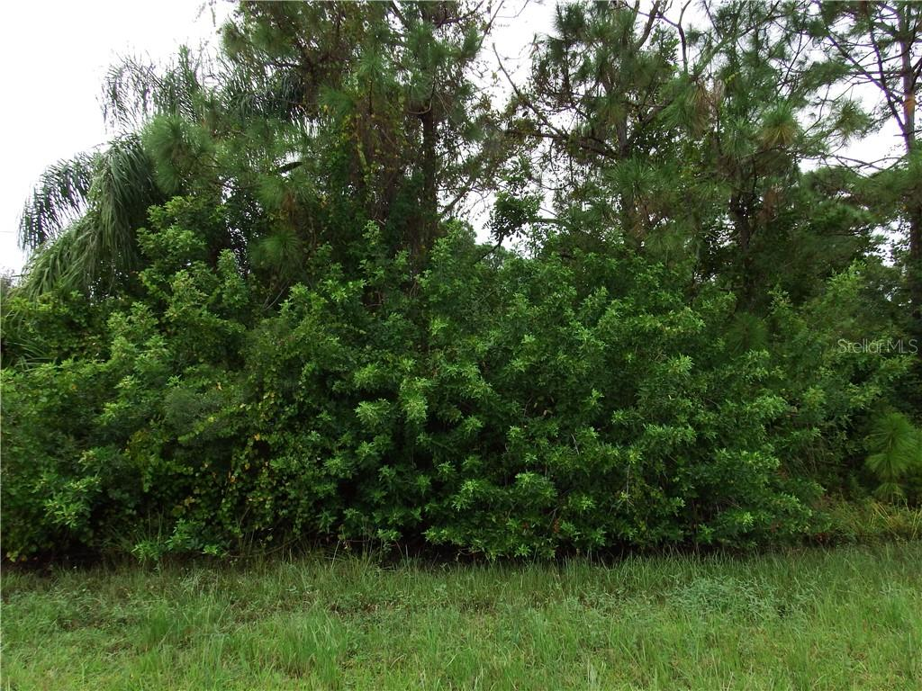 Vacant Land for sale at 6237 Spinnaker Blvd, Englewood, FL 34224 - MLS Number is D6102797