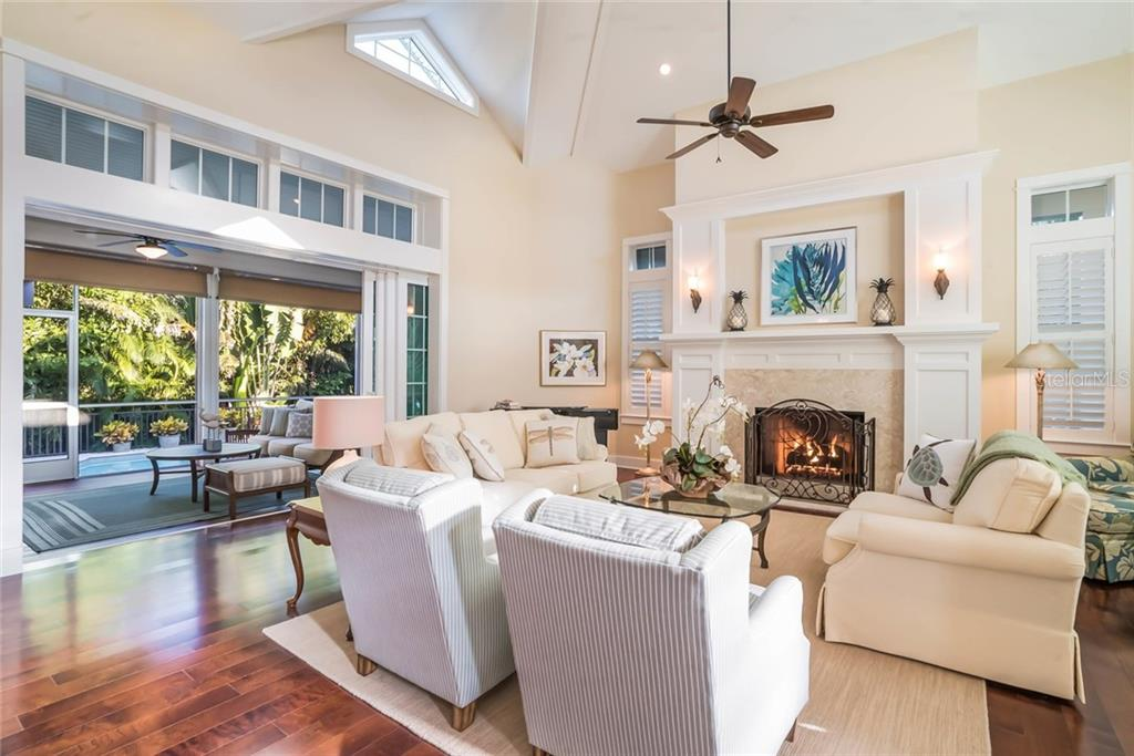 Living room - Single Family Home for sale at 450 Tarpon Ave, Boca Grande, FL 33921 - MLS Number is D6103652