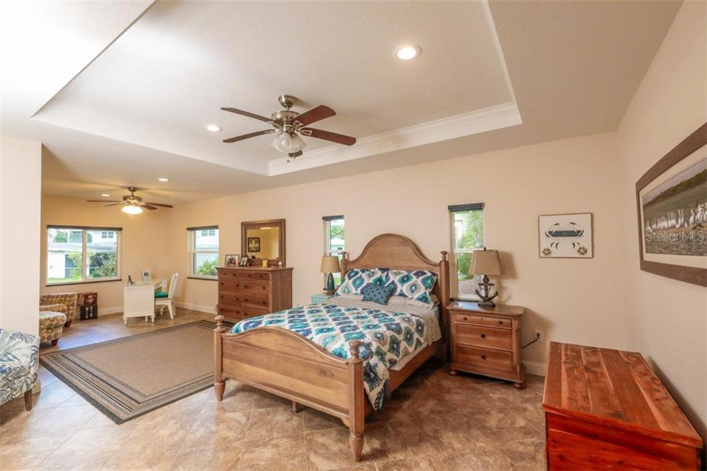 Guest House Bedroom - Single Family Home for sale at 140 S Oxford Dr, Englewood, FL 34223 - MLS Number is D6108024