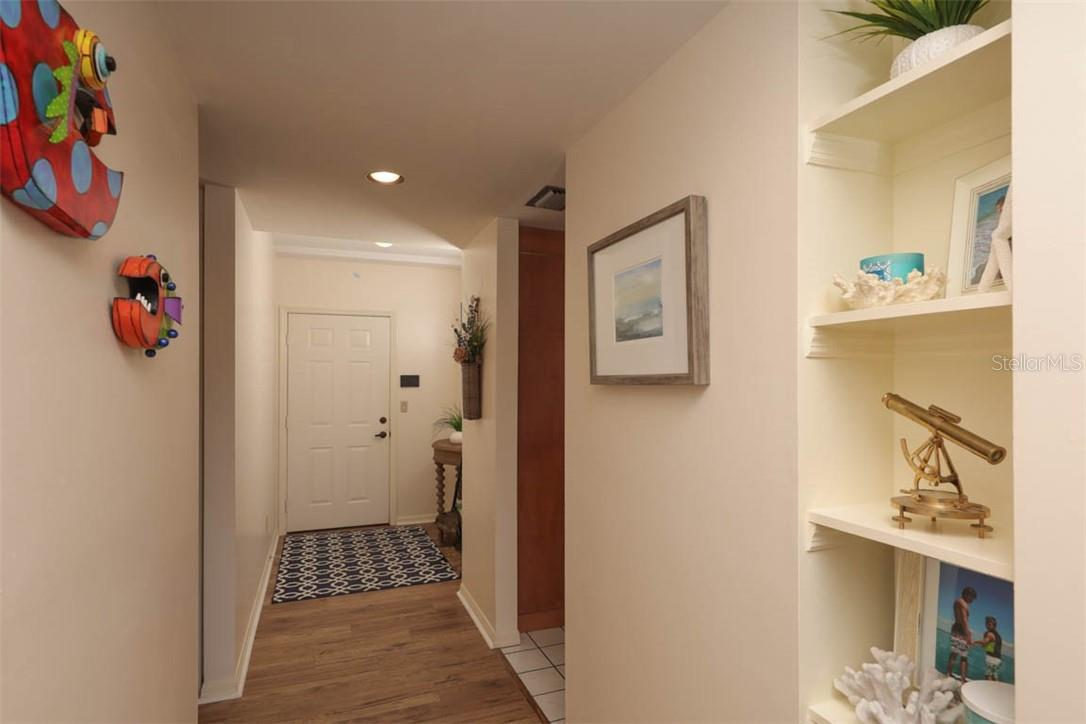Foyer entry - Condo for sale at 11000 Placida Rd #306, Placida, FL 33946 - MLS Number is D6110298