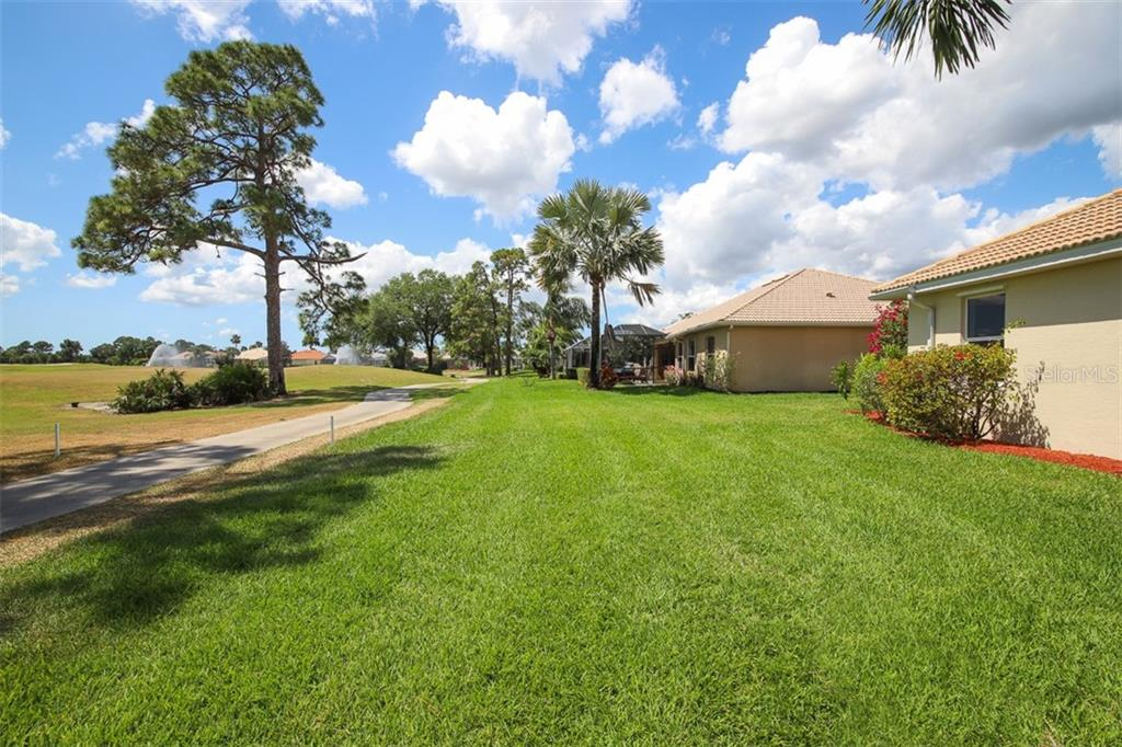 Single Family Home for sale at 3583 Royal Palm Dr, North Port, FL 34288 - MLS Number is D6111716