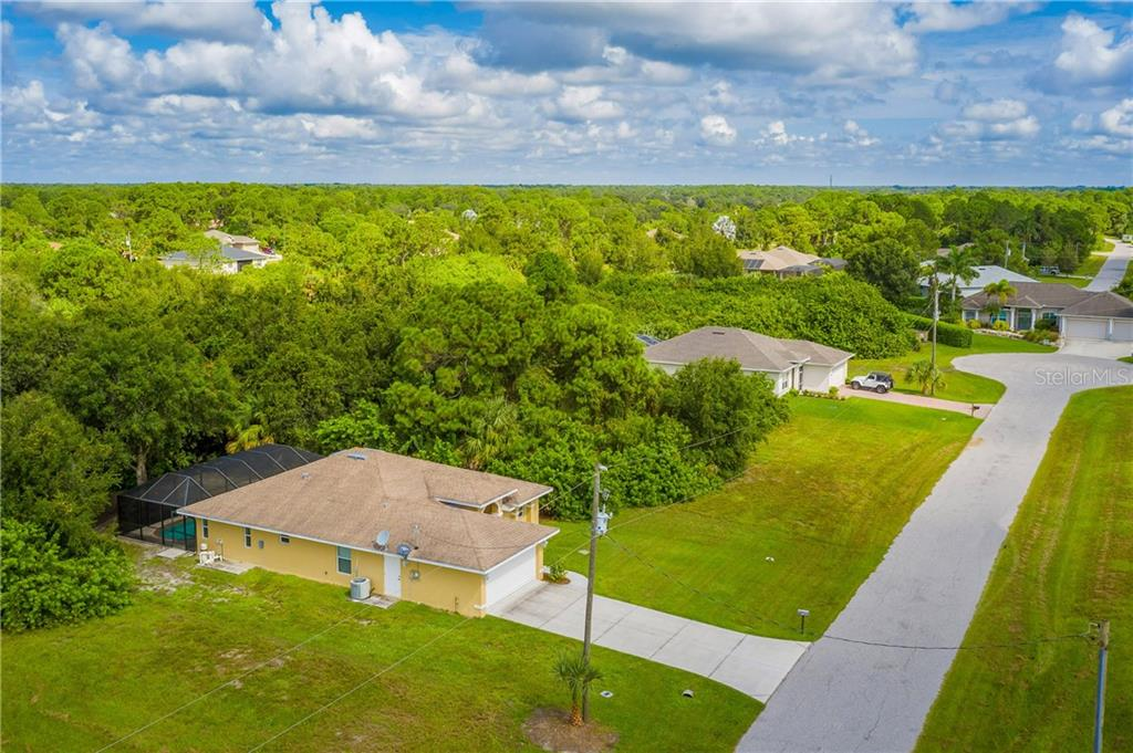 112 BOXWOOD LANE. - Single Family Home for sale at 112 Boxwood Ln, Rotonda West, FL 33947 - MLS Number is D6114179