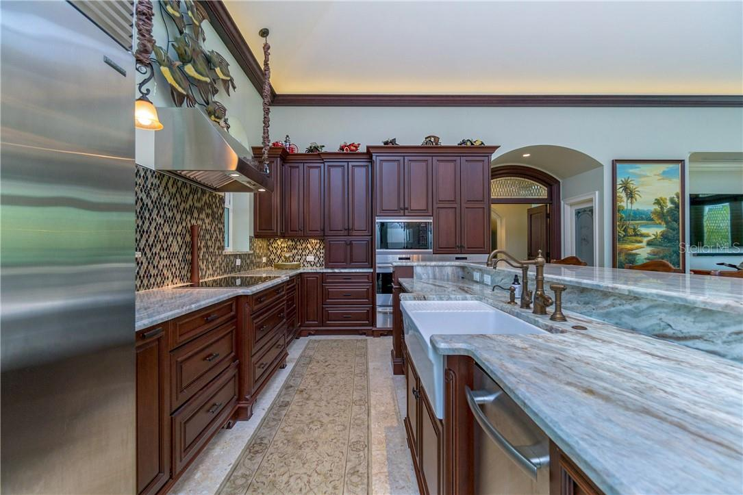 You'll love cooking with these professional grade appliances - Single Family Home for sale at 10161 Eagle Preserve Dr, Englewood, FL 34224 - MLS Number is D6114216