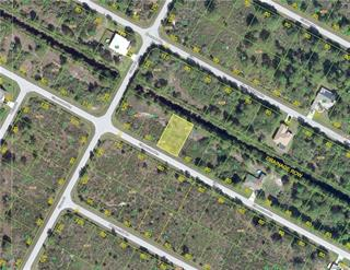 14068 Chesswood Ln, Port Charlotte, FL 33981