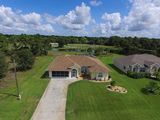 104 Fairway Rd, Rotonda West, FL 33947
