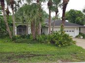 19 Pinehurst Pl, Rotonda West, FL 33947