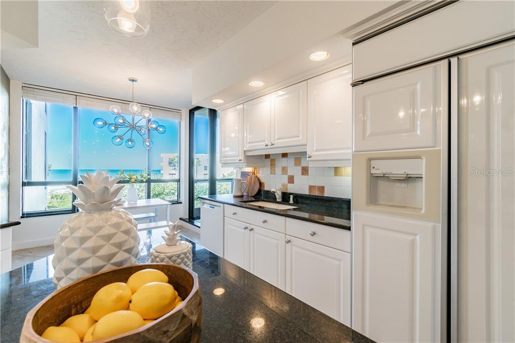 MAIN BALCONY - Condo for sale at 1281 Gulf Of Mexico Dr #304, Longboat Key, FL 34228 - MLS Number is T3121789