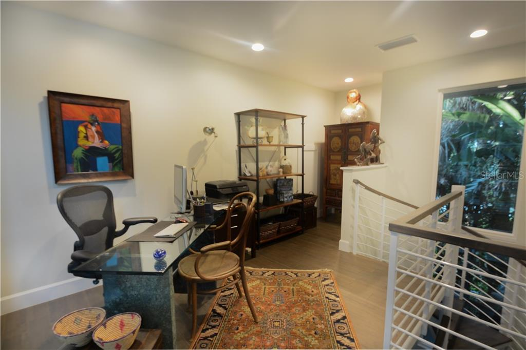 Loft office on second floor. - Single Family Home for sale at 140 N Casey Key Rd, Osprey, FL 34229 - MLS Number is T3228618