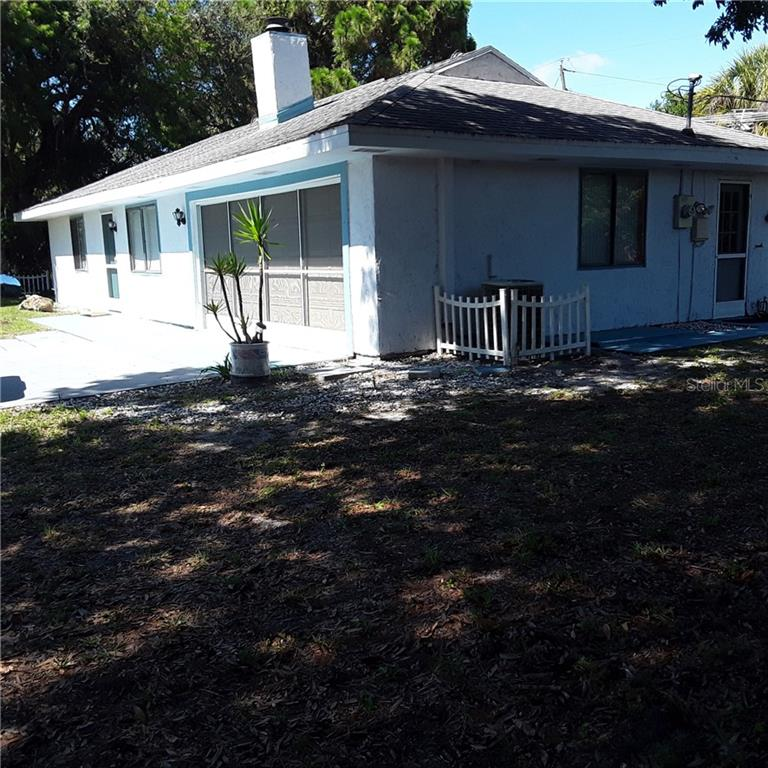 RIGHT FRONT CORNER - Single Family Home for sale at 5171 Albion Rd, Venice, FL 34293 - MLS Number is V4914784
