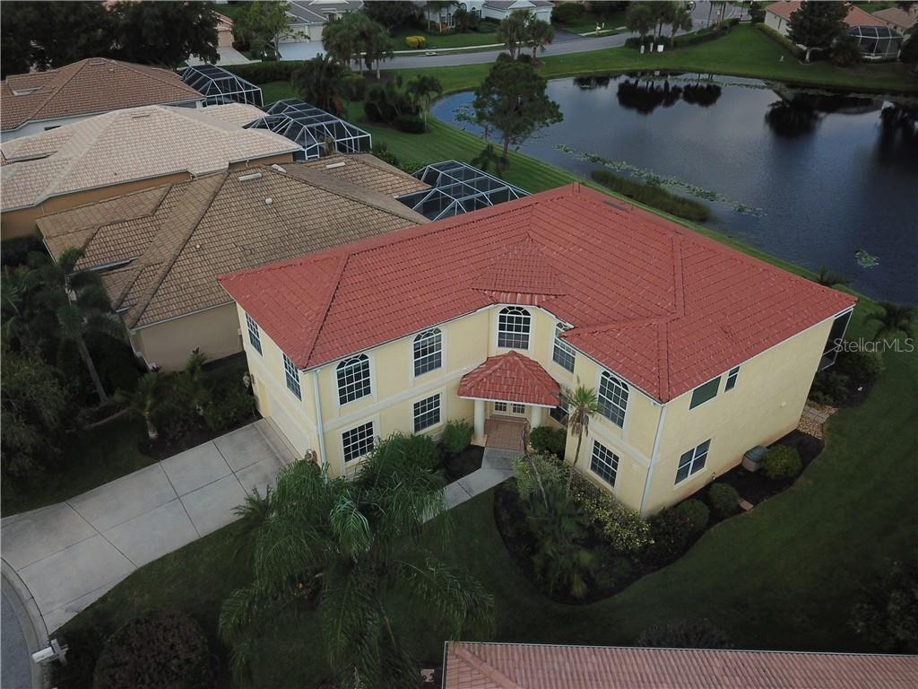 Single Family Home for sale at 5119 Ridgelake Pl, Sarasota, FL 34238 - MLS Number is O5842332