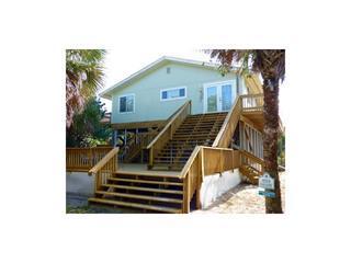 8968 Seagrape Ln, Little Gasparilla Island, FL 33946
