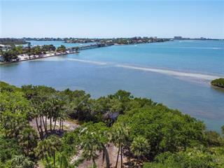 3306 Old Oak Dr, Sarasota, FL 34239