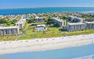 1085 Gulf Of Mexico Dr #203, Longboat Key, FL 34228