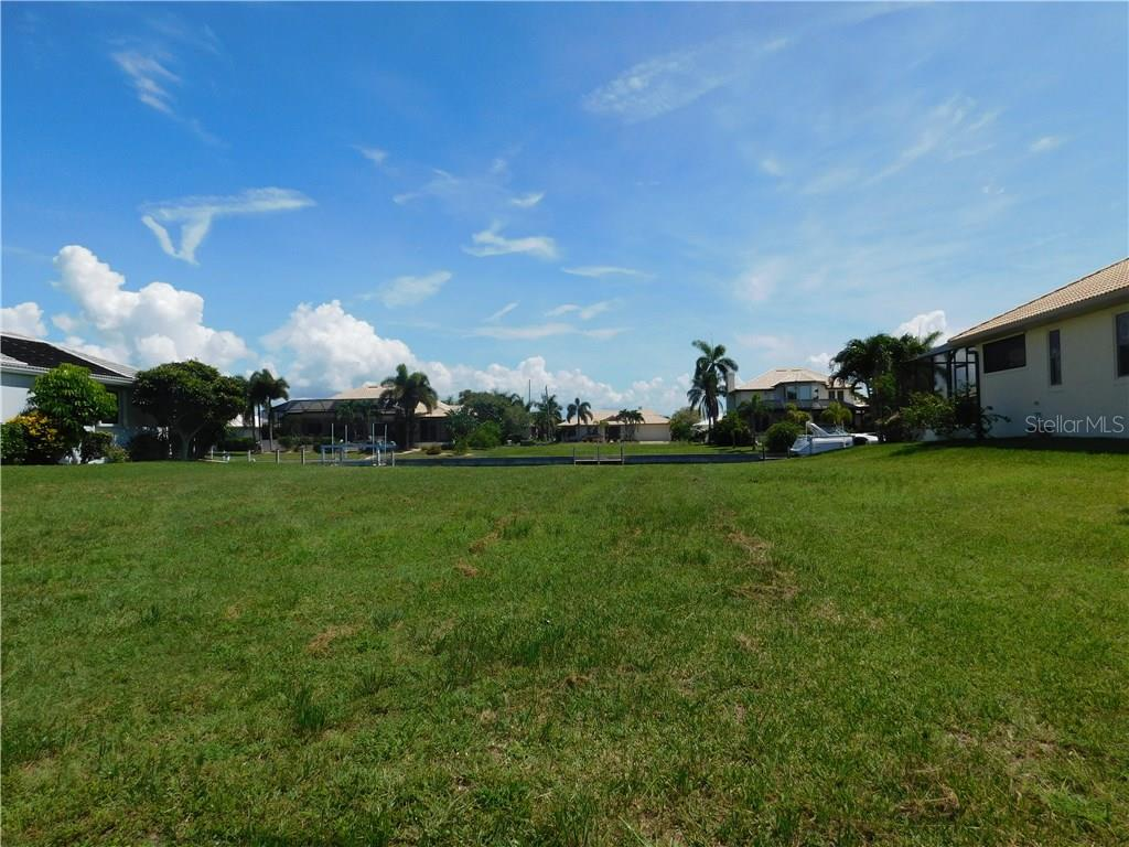 Vacant Land for sale at 2112 Charlotte Amalie Ct, Punta Gorda, FL 33950 - MLS Number is C7226953