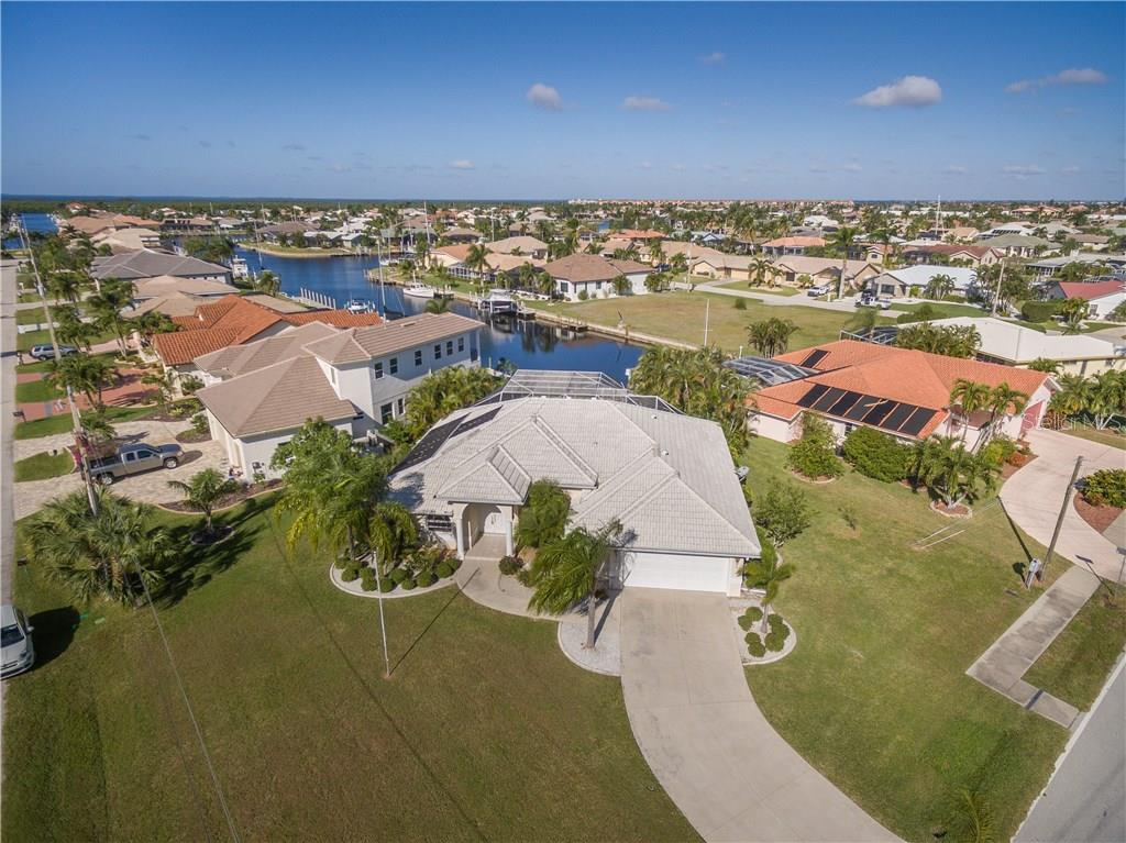 Single Family Home for sale at 1089 Coronado Dr, Punta Gorda, FL 33950 - MLS Number is C7246009