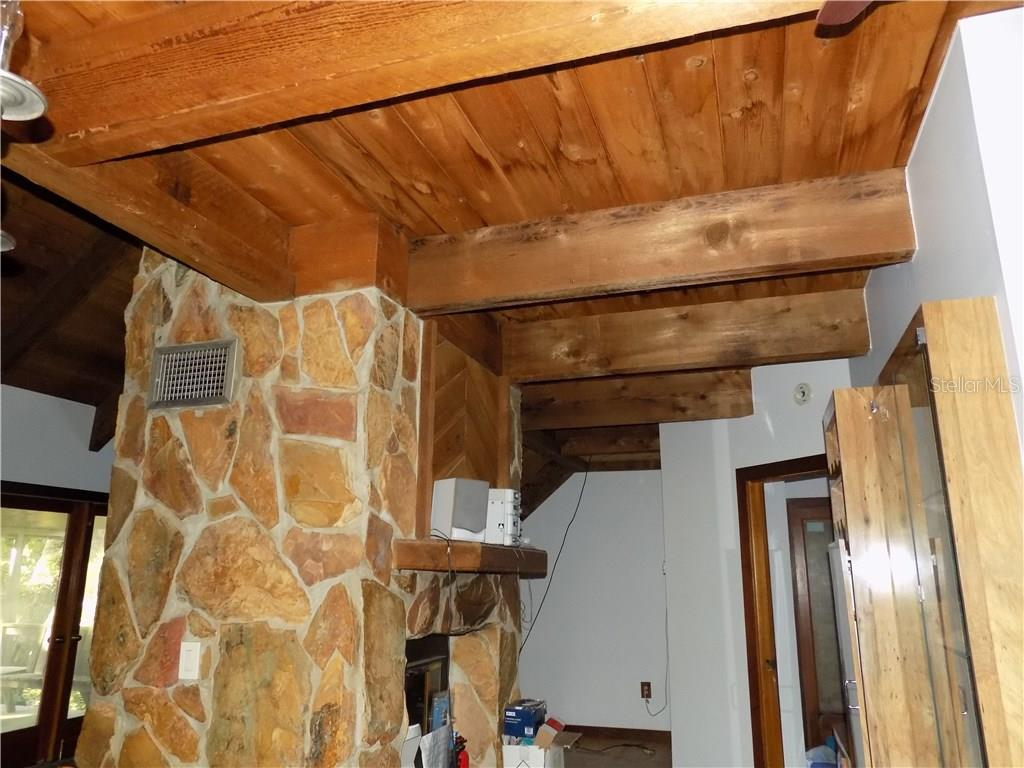Fireplace off kitchen - Single Family Home for sale at 5624 Reisterstown Rd, North Port, FL 34291 - MLS Number is C7250923