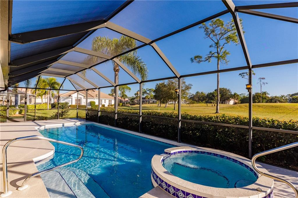 Single Family Home for sale at 204 Big Pine Ln, Punta Gorda, FL 33955 - MLS Number is C7411043