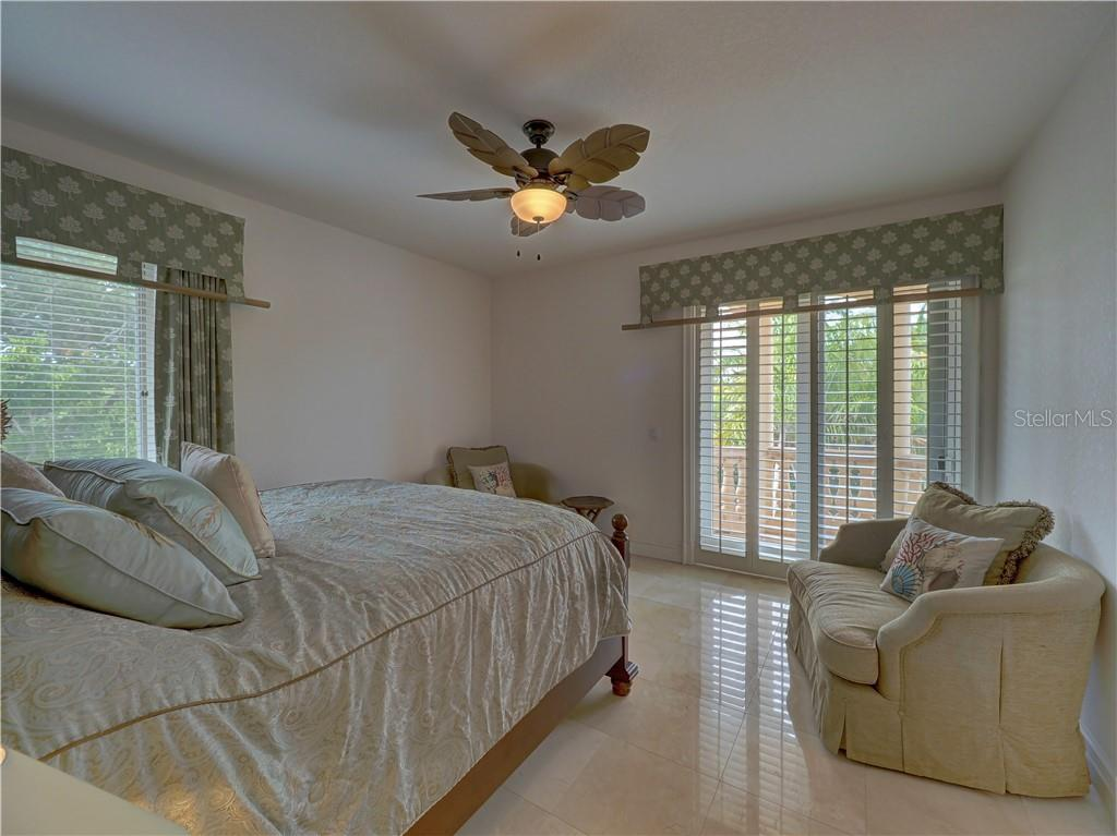 Upstairs full bath. - Single Family Home for sale at 6150 Manasota Key Rd, Englewood, FL 34223 - MLS Number is C7415176