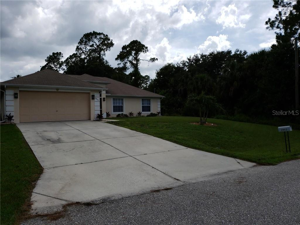 Single Family Home for sale at 2903 Wells Ave, North Port, FL 34286 - MLS Number is C7416525