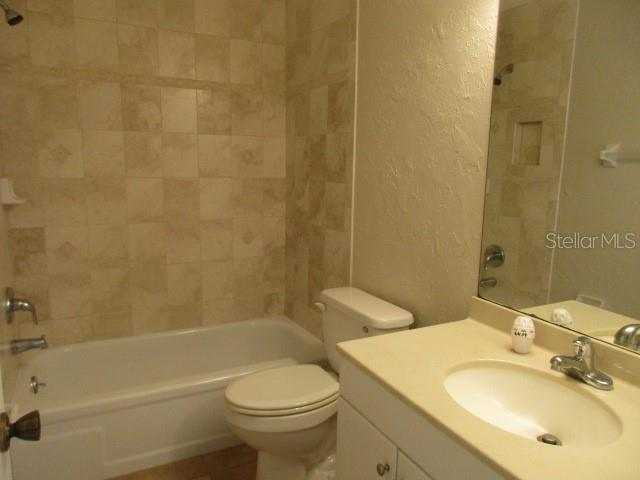 BATHROOM 2 - Single Family Home for sale at 925 Tropical Ave Nw, Port Charlotte, FL 33948 - MLS Number is C7417107