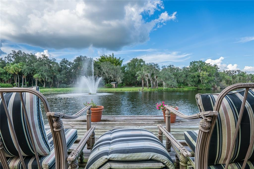 The massive master bath allows you to enjoy a spa-like environment. - Single Family Home for sale at 2 Mandershaw Ln, Punta Gorda, FL 33982 - MLS Number is C7422349