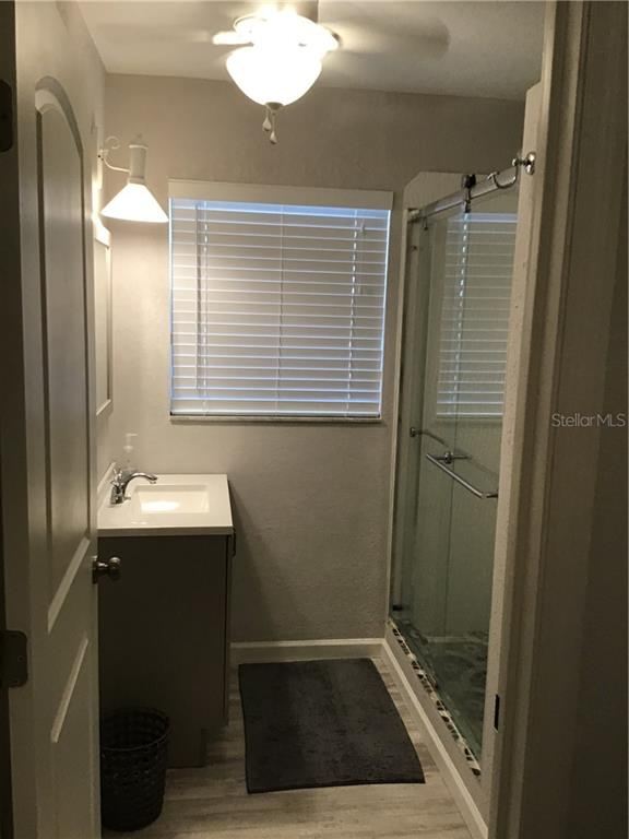 Bath Room 4 - Single Family Home for sale at 1302 Pinebrook Way, Venice, FL 34285 - MLS Number is C7435367