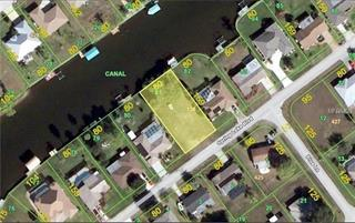 742 Spring Lake Blvd Nw, Port Charlotte, FL 33952