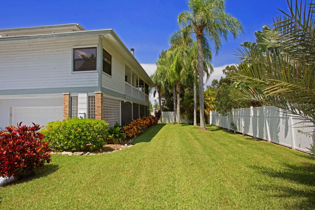 Single Family Home for sale at 8016 18th Ave W, Bradenton, FL 34209 - MLS Number is A4130414
