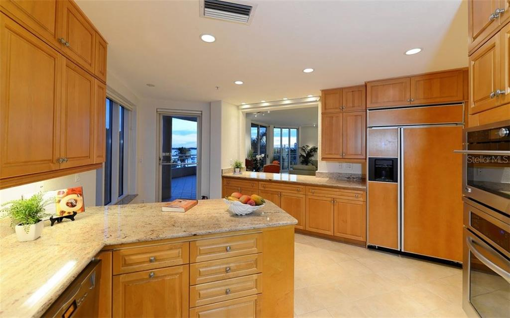 Kitchen - Condo for sale at 500 S Palm Ave #41, Sarasota, FL 34236 - MLS Number is A4144835