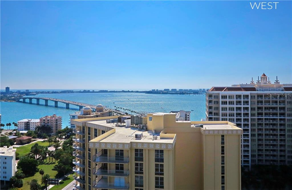 Condo for sale at 1155 N Gulfstream Ave #1802, Sarasota, FL 34236 - MLS Number is A4156360