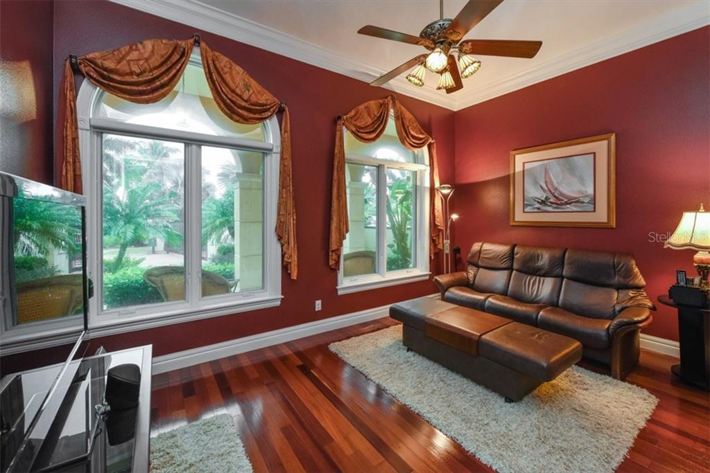 Single Family Home for sale at 3907 Solymar Dr, Sarasota, FL 34242 - MLS Number is A4166314