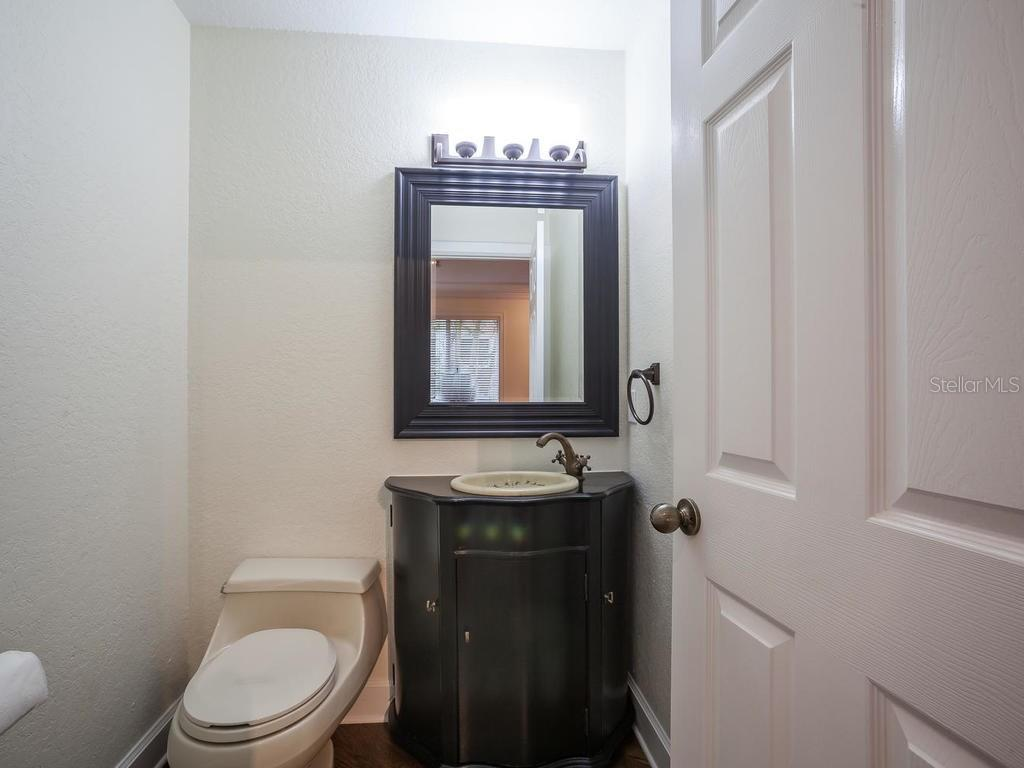 Powder bathroom - Single Family Home for sale at 4789 Higel Ave, Sarasota, FL 34242 - MLS Number is A4169949