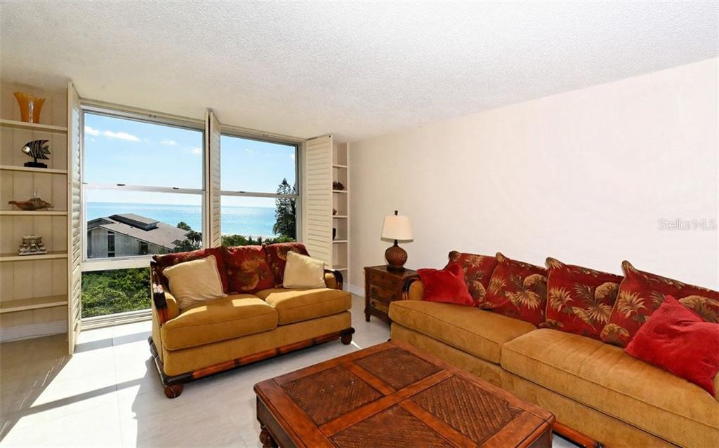 Living Room with gulf view - Condo for sale at 1701 Gulf Of Mexico Dr #505, Longboat Key, FL 34228 - MLS Number is A4170632
