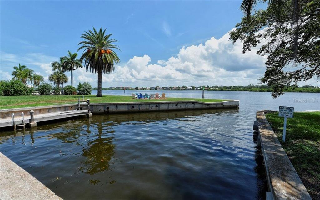 Villa for sale at 6005 Midnight Pass Rd #s11, Sarasota, FL 34242 - MLS Number is A4173662
