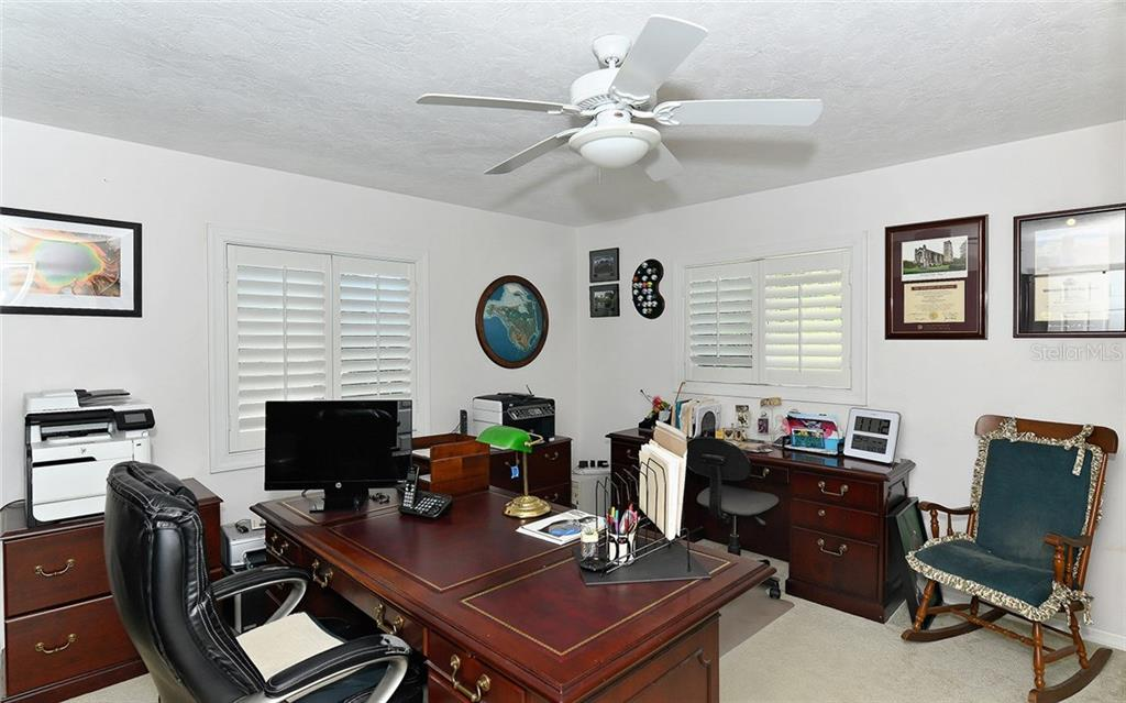 Bedroom / Office - Single Family Home for sale at 1532 Shelburne Ln, Sarasota, FL 34231 - MLS Number is A4173872