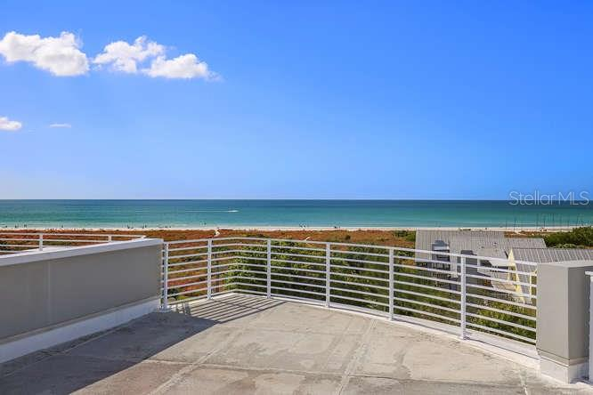 Roof top deck views of Gulf of Mexico and Siesta Key Beach - Condo for sale at 501 Beach Rd #b, Sarasota, FL 34242 - MLS Number is A4175979