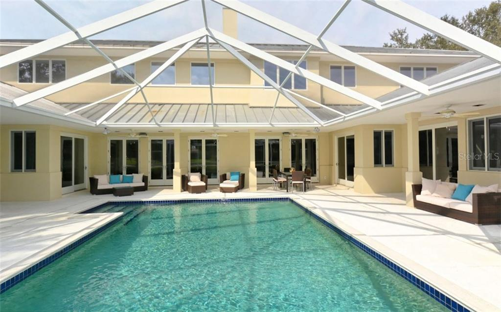 Wonderful windows - light and bright. - Single Family Home for sale at 3111 Dick Wilson Dr, Sarasota, FL 34240 - MLS Number is A4176685