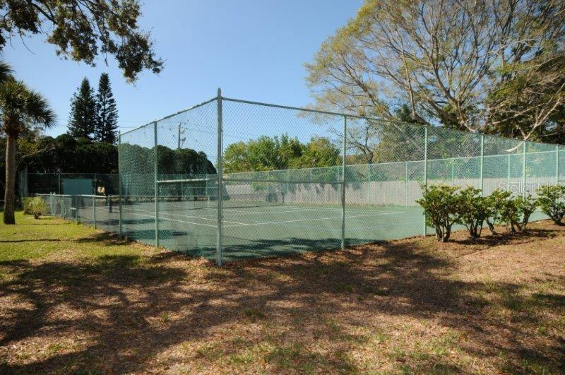 Community tennis courts - Condo for sale at 2215 Circlewood Dr #46, Sarasota, FL 34231 - MLS Number is A4180138