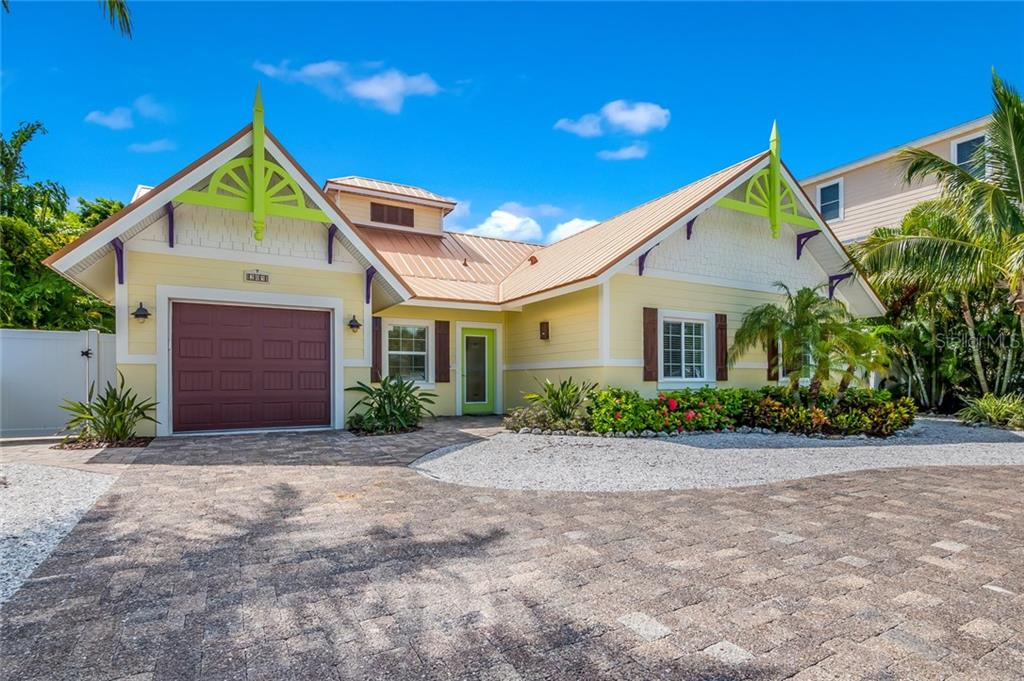 Single Family Home for sale at 205 69th St, Holmes Beach, FL 34217 - MLS Number is A4183911