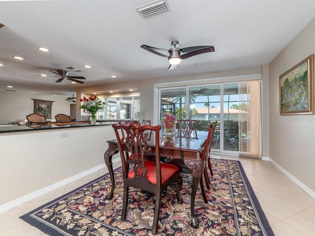 Dining room - Single Family Home for sale at 551 Putting Green Ln, Longboat Key, FL 34228 - MLS Number is A4183977