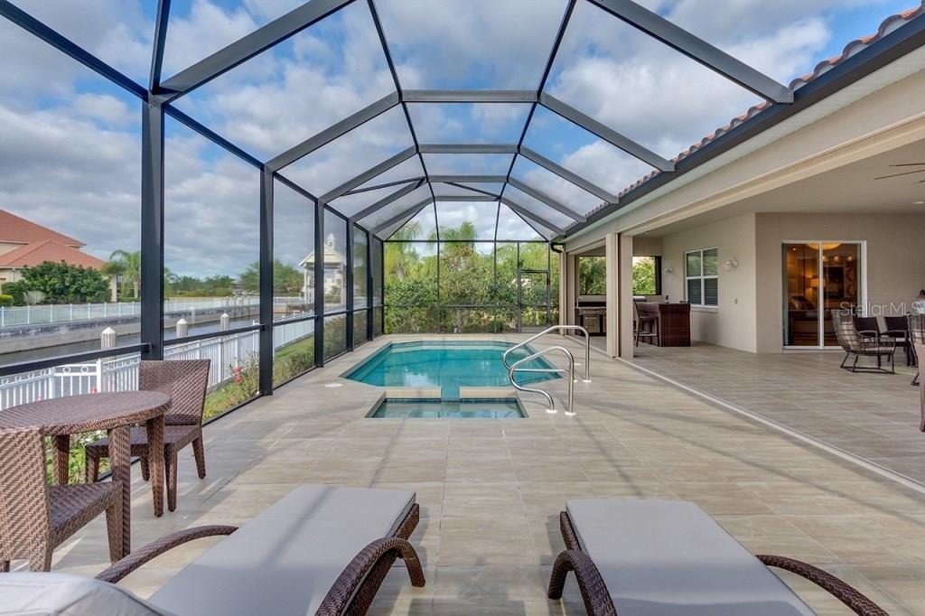 Great Screened-in Lanai - Single Family Home for sale at 505 Mast Dr, Bradenton, FL 34208 - MLS Number is A4184659
