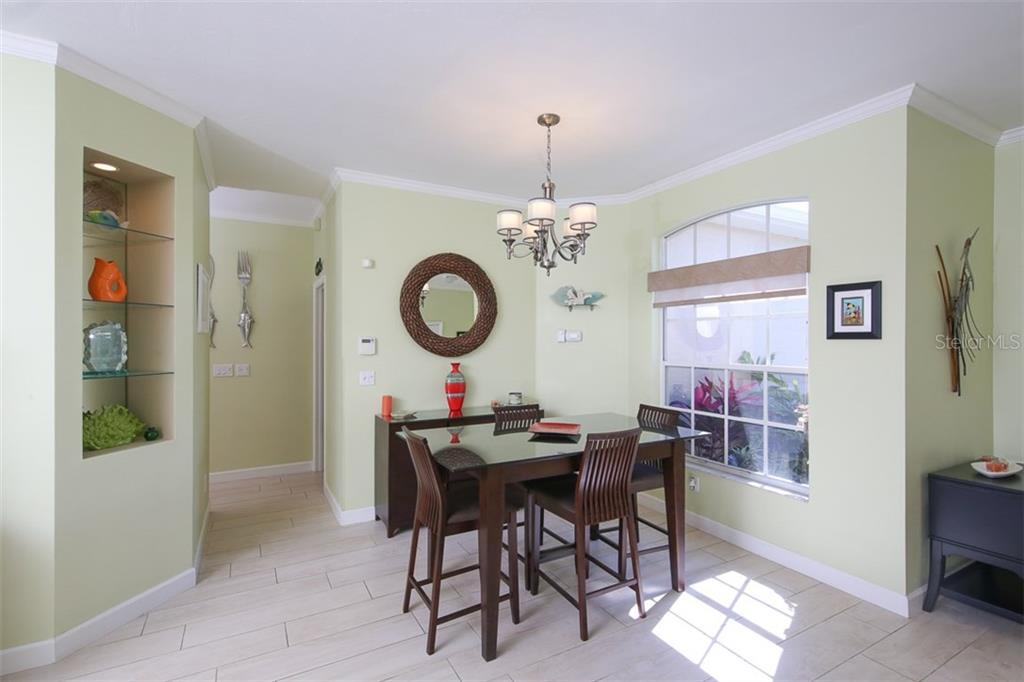 Single Family Home for sale at 5019 44th St W, Bradenton, FL 34210 - MLS Number is A4186248
