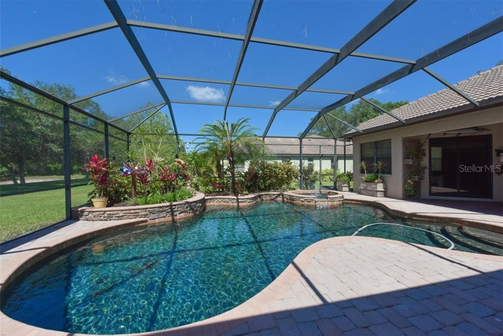 Single Family Home for sale at 4851 Sweetshade Dr, Sarasota, FL 34241 - MLS Number is A4186306