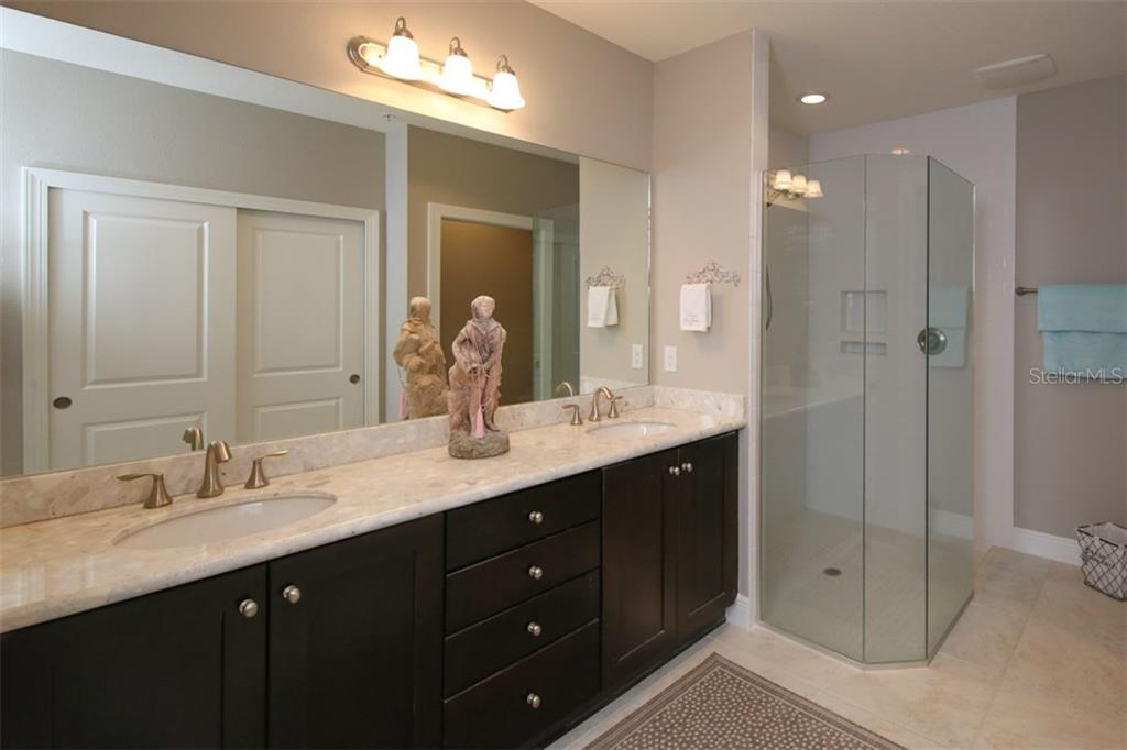 Master bath - Condo for sale at 1255 Riverscape St #n/A, Bradenton, FL 34208 - MLS Number is A4186832