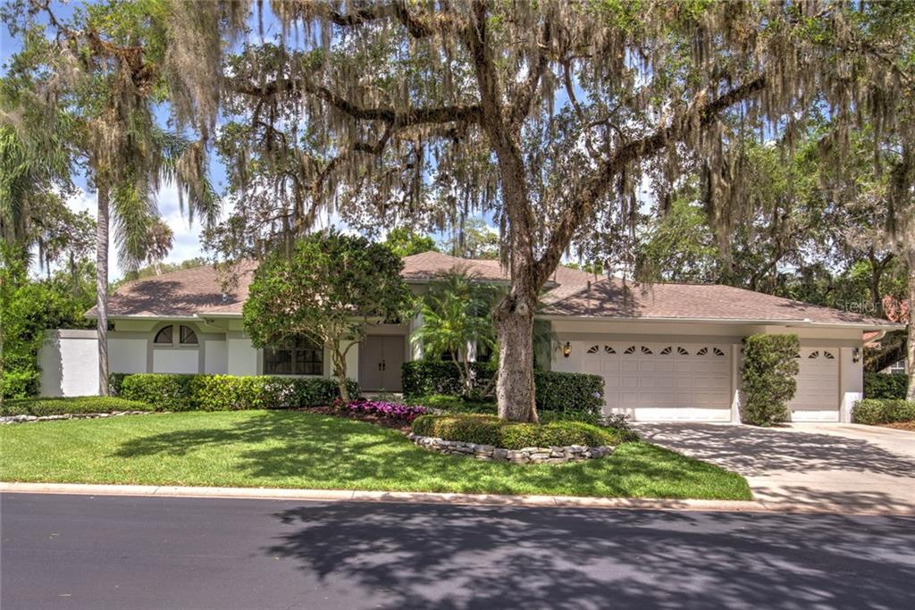 Single Family Home for sale at 4602 Trails Dr, Sarasota, FL 34232 - MLS Number is A4187018