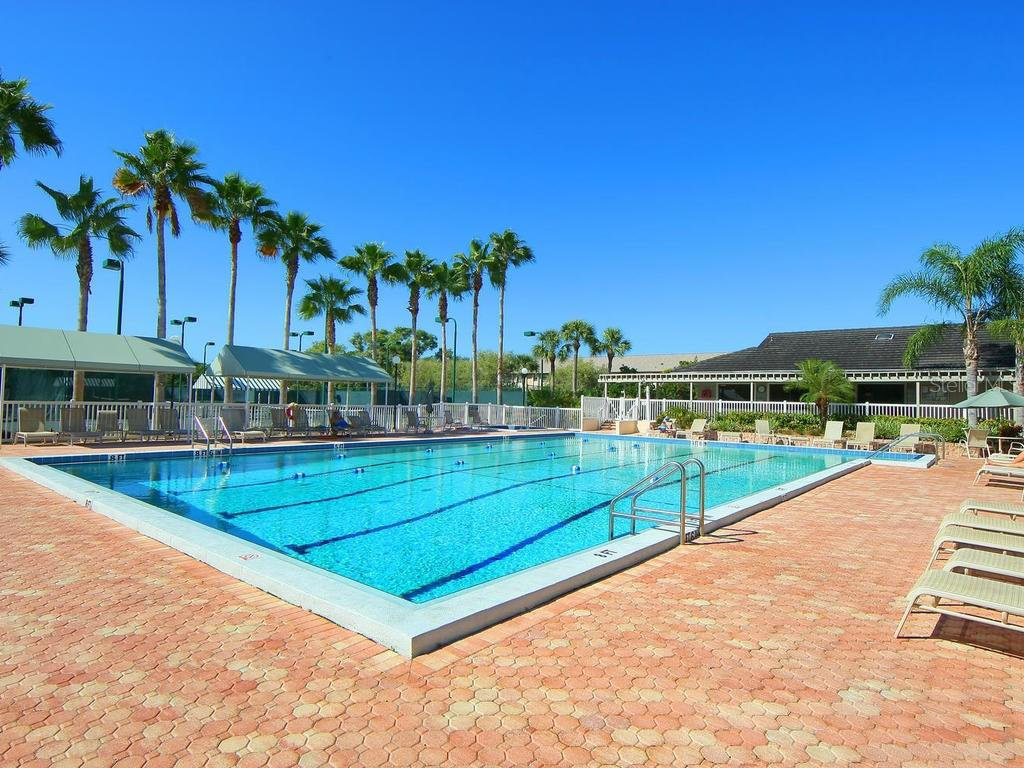 The Landings Racquet Club swimming pool - Condo for sale at 1380 Landings Pt #26, Sarasota, FL 34231 - MLS Number is A4187270